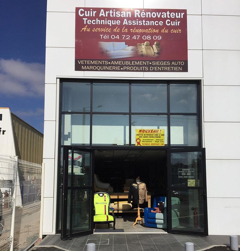 Rénovation et Réparation Cuir Lyon - Artisan Rénovateur 7bdeae83e3c
